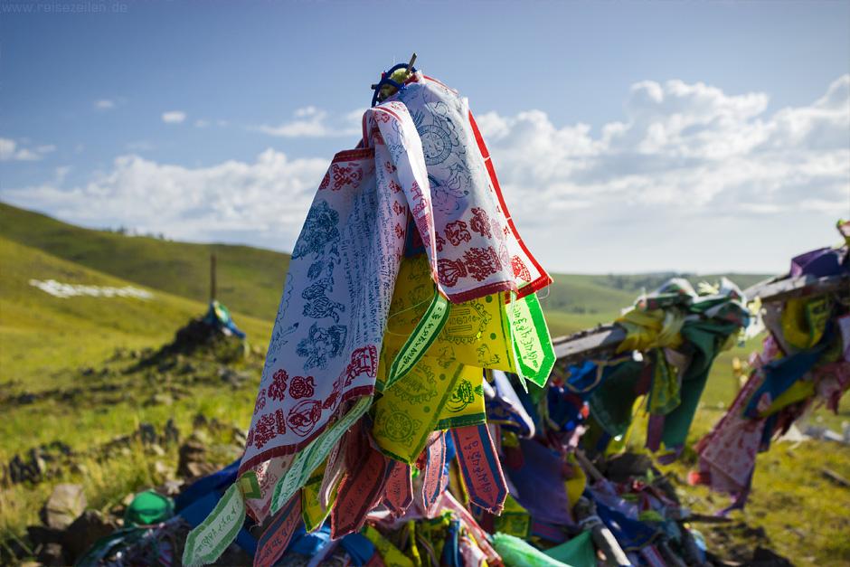 Reisetipps Reisen Mongolei Gebetsfahnen
