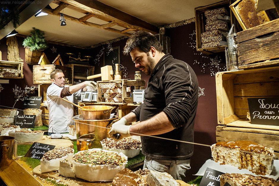 Französischer Nougat auf dem Weihnachtsmarkt in Aachen