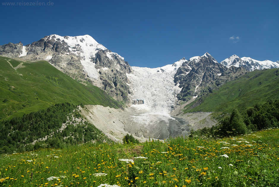 Georgien_Trekking in Swanetien_Gletscher bei Adishi