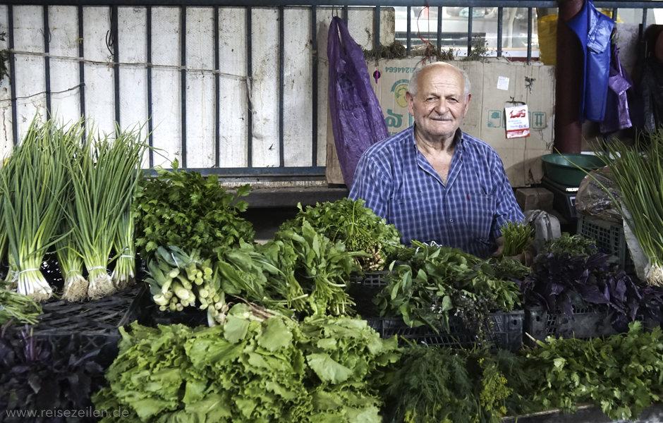 Georgien Markt Kurtaissi